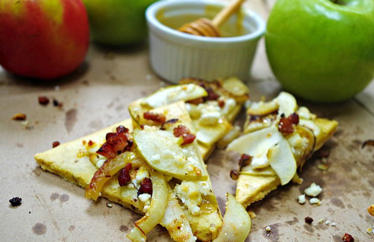 Apple, Fennel, and Bacon Flatbread