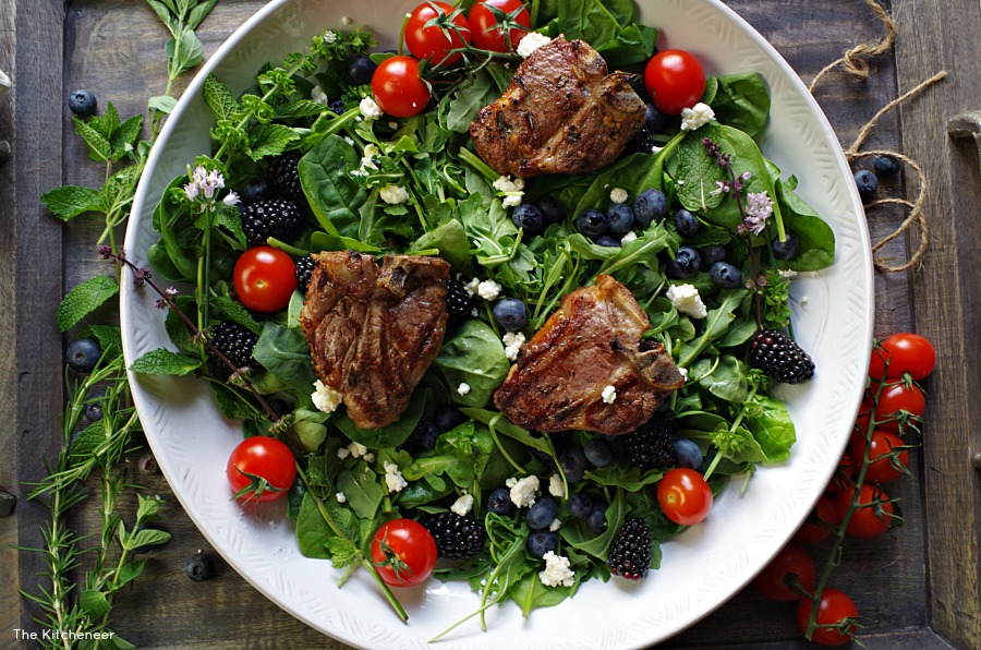 Grilled Lamb Summer Salad- the perfect summer protein-packed salad recipe|thekitcheneer.com