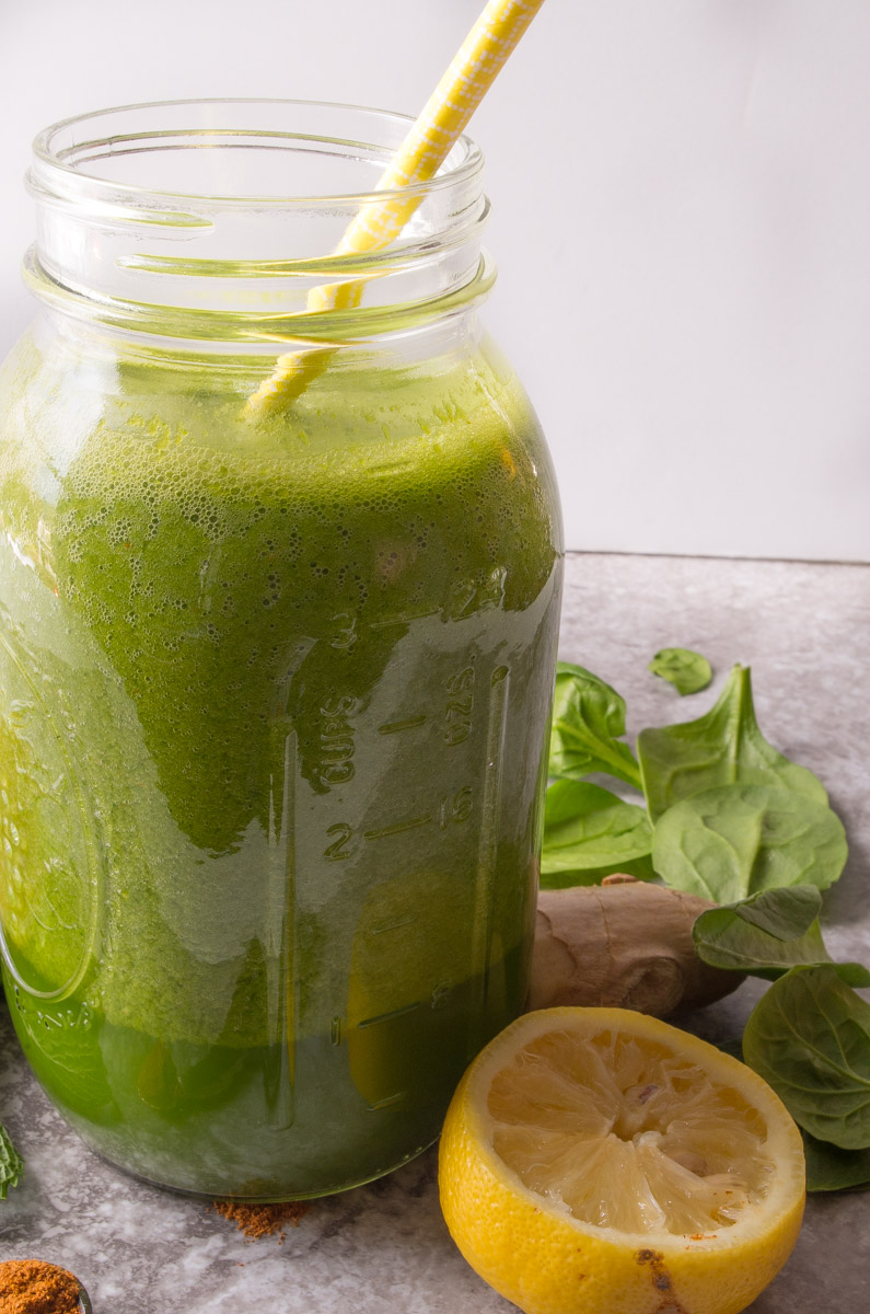 Green Energy Boost Smoothie- the perfect green smoothie recipe with green tea,lemon, mango, and a secret ingredient to boost your metabolism!