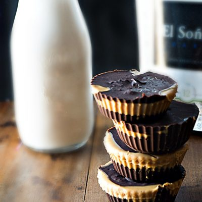 All natural easy peanut butter cups infused with the superfood cacao and natural peanut butter|thekitcheneer.com