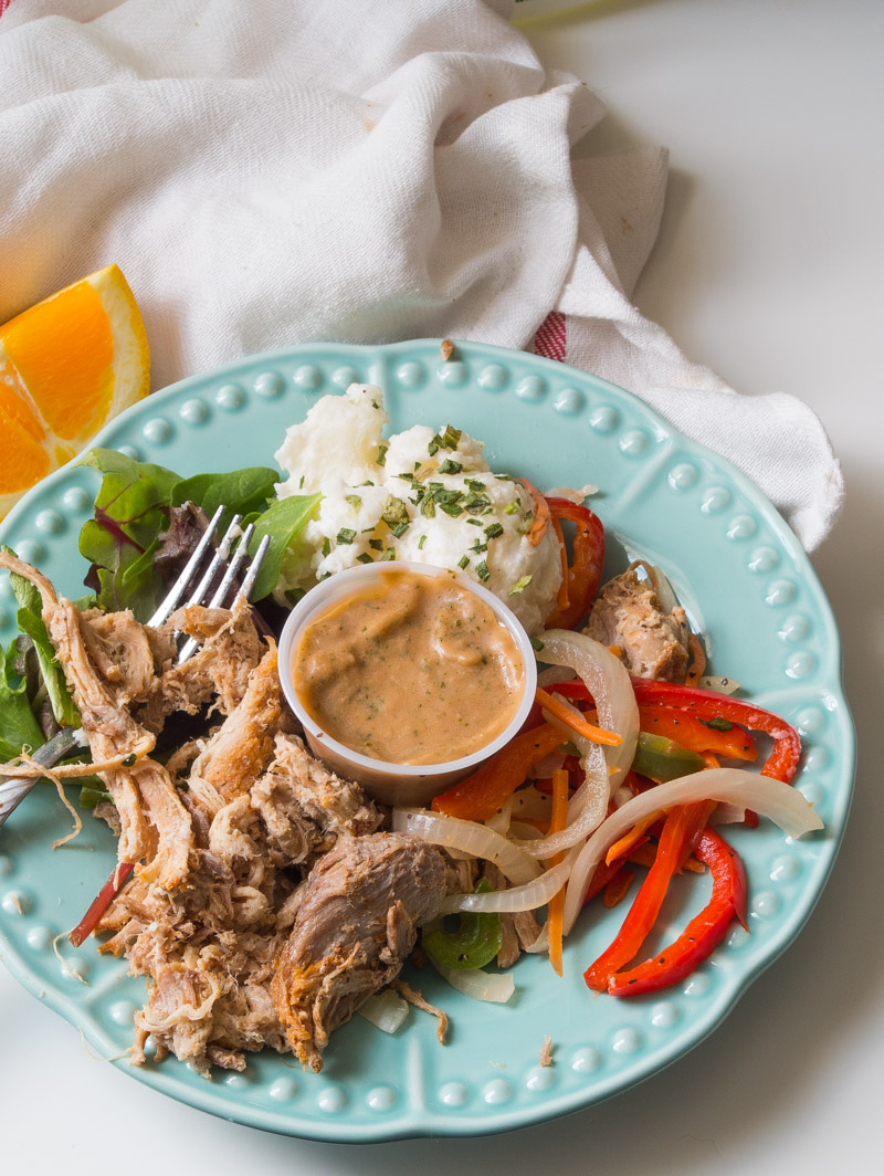 Whole30 Approved Meal Delivery Service- for those days where life happens. Territory has got your back!|thekitcheneer.com