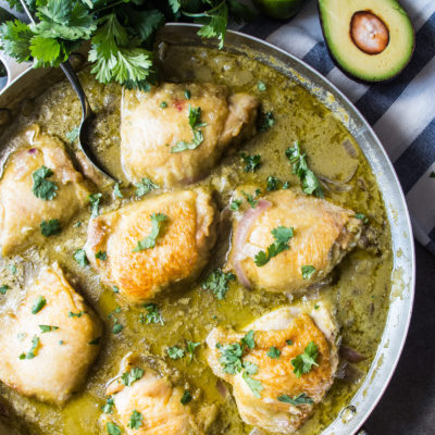 One Pan Creamy Garlic Salsa Verde Chicken- a simple one skillet whole30 meal that is perfect for weeknights and comes together in a quick 45 minutes!|thekitcheneer.com