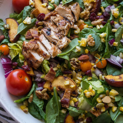 Your Monday just got more delicious with this Grilled Balsamic Chicken and Peach Cobb Salad! Easy summer eats and perfect for the 4th!|thekitcheneer.com
