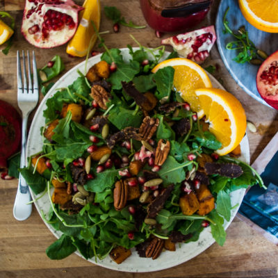 Pomegranate Bacon and Roasted Squash Salad- perfect fall salad and side for Thanksgiving dinner!|thekitcheneer.com